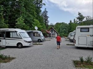 Kamp-Polje-avtodom