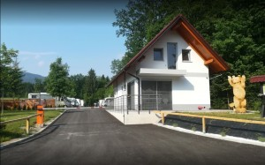 Kamp-Polje-vhod